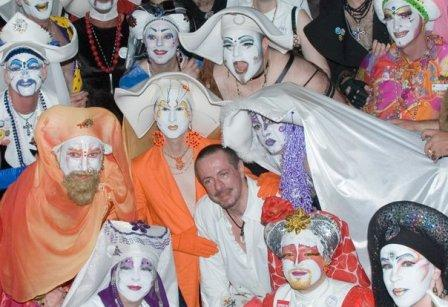 Clive with the Sisters of Perpetual Indulgence, 2007